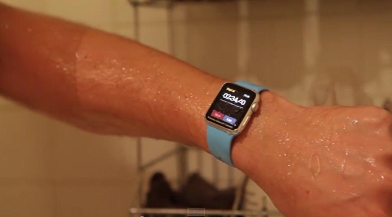 Apple Watch、水中で15分放置しても大丈夫だった