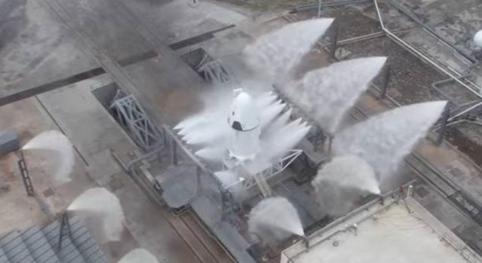 SpaceX流、ロケット打ち上げ失敗時の脱出方法