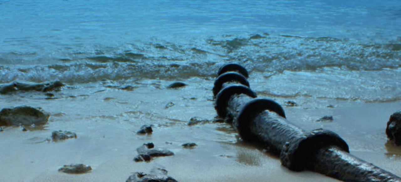 海底ケーブル。インターネットを支える影の主役のお話