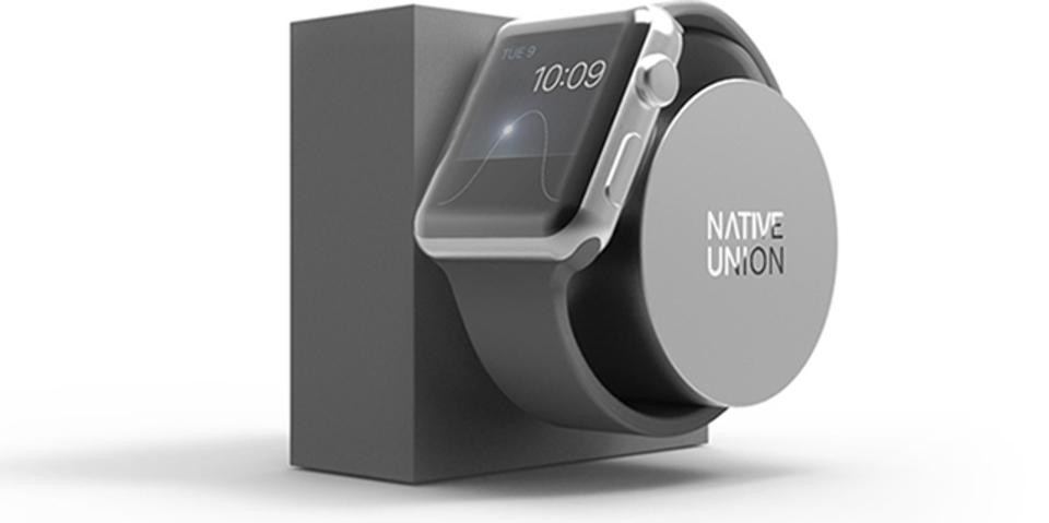 Apple Watchと親和度がすごいシンプルスタンド