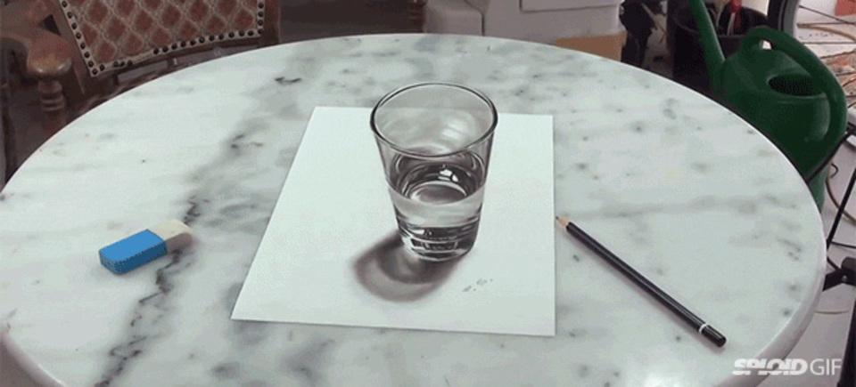 超立体的なグラスの絵。さらにもうひとつ驚きが…