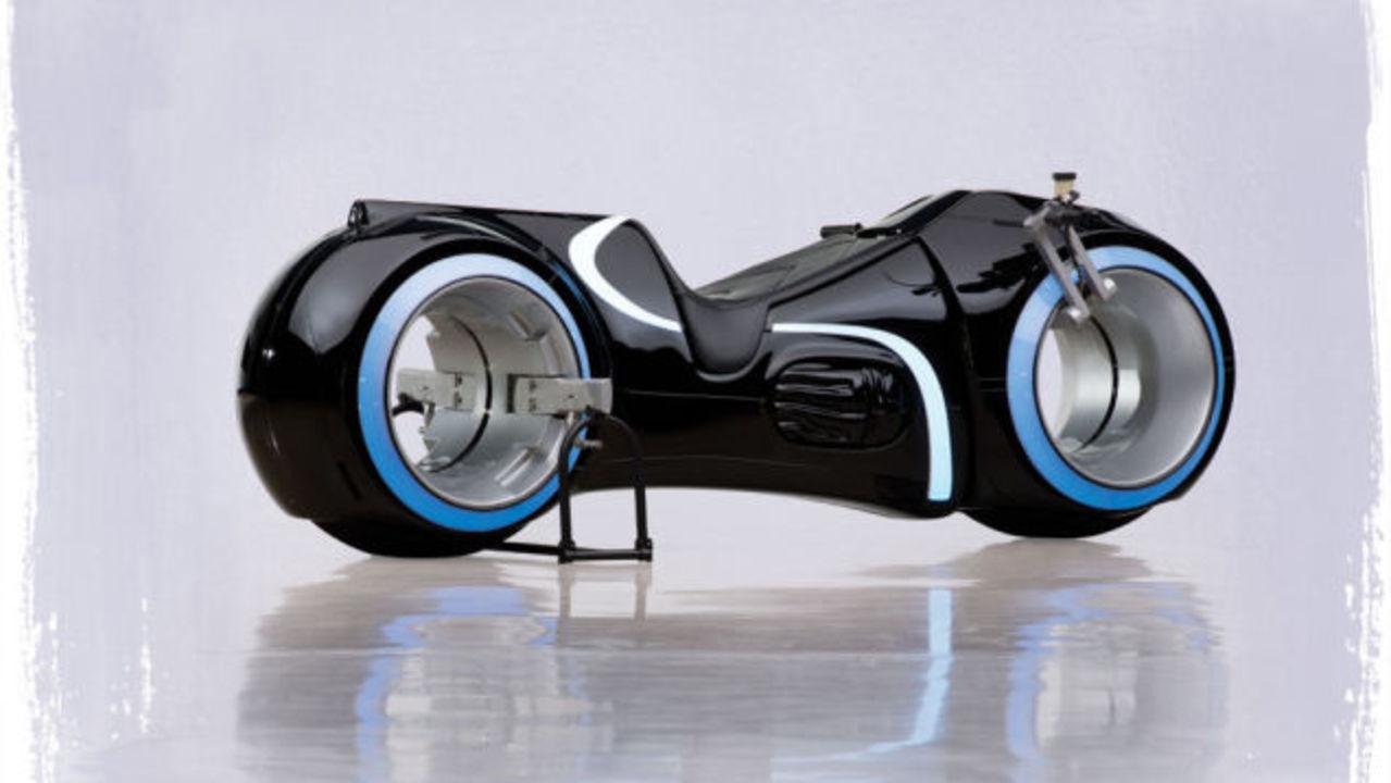 トロンのバイク、923万円で売れる