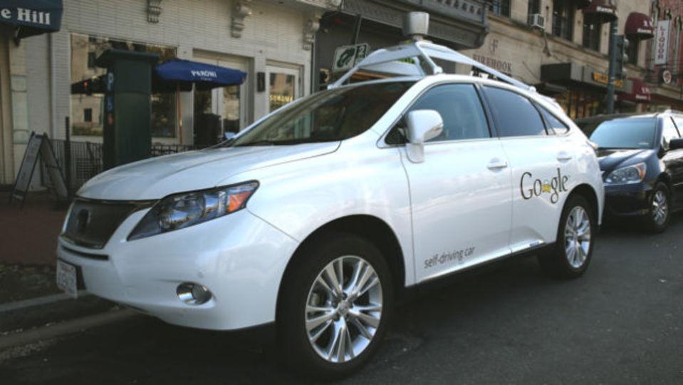 グーグルの自動運転車、すでに事故を起こしていた