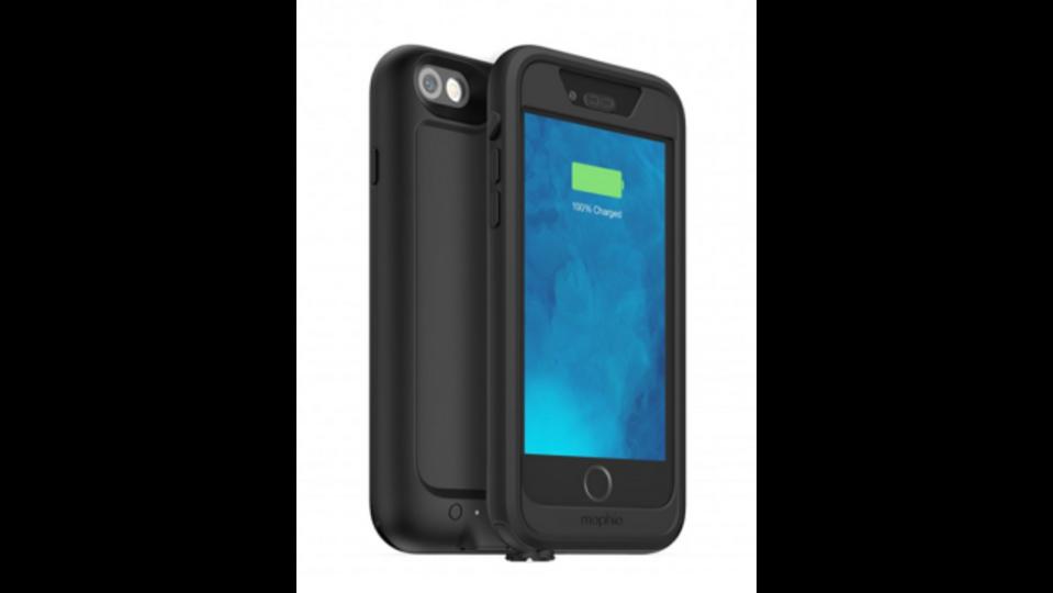 トイレに落としても充電し続ける、防水iPhoneバッテリー内蔵ケース