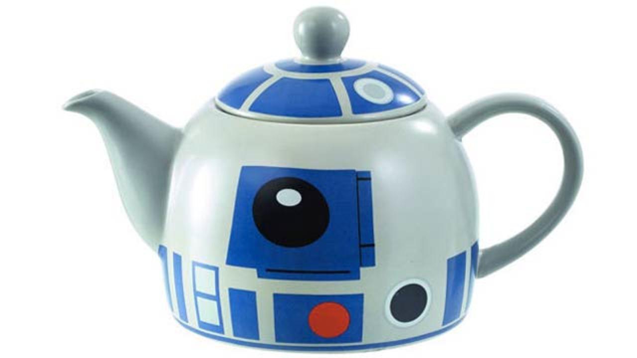 R2-D2ティーポットで、ルーク気分のティータイム