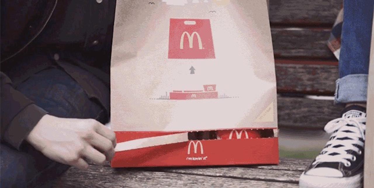マックの紙袋がリニューアル! 全国で採用してほしいぐらい便利そう