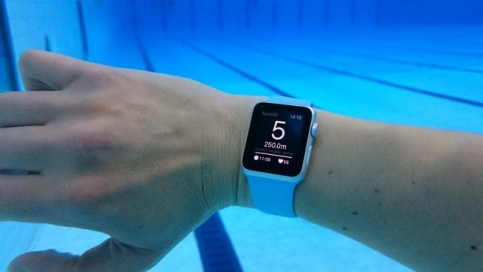 まさかの水泳アプリがApple Watchに登場