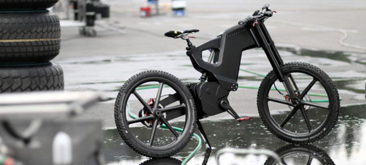 驚異のスピード! 最高速度70kmで走る電動自転車に米Gizmodo記者が挑戦