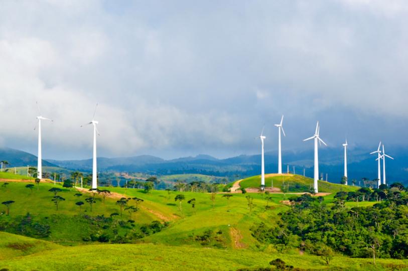 Amazon、データセンター用に大規模な風力発電所を建設