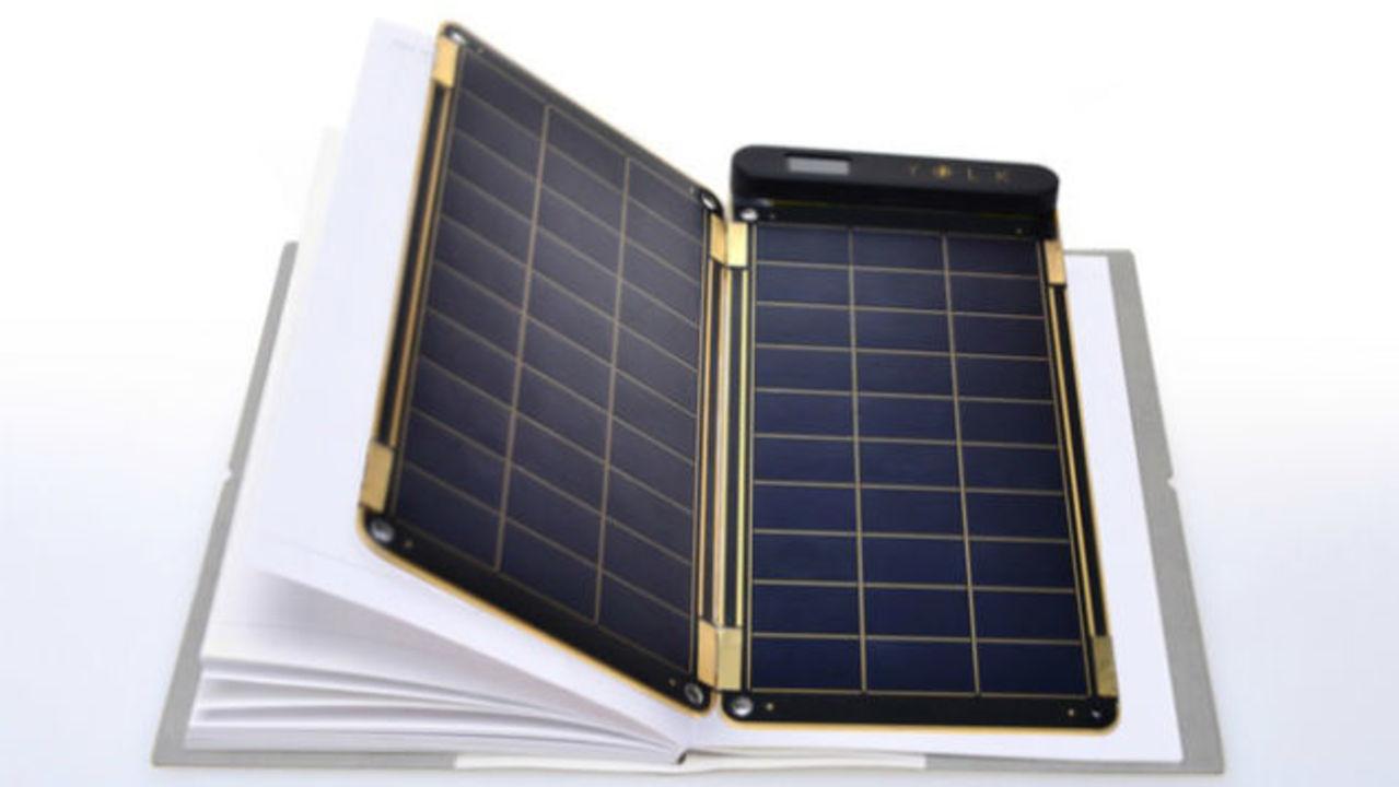 手帳にはさめる強力ソーラーパネル、ついに発売で大注目
