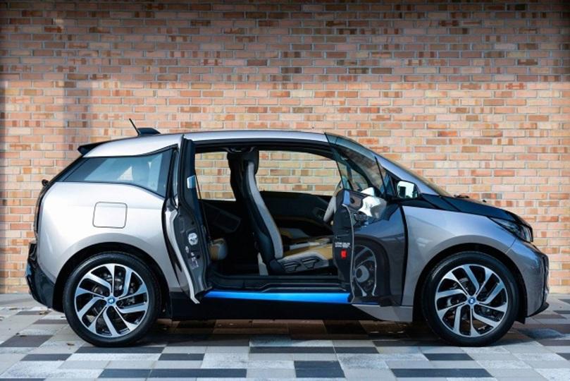 アップルの電気自動車はBMW i3ベースの車両に?