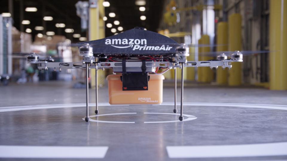 アマゾン、ドローン配達のために空の高速道路を計画