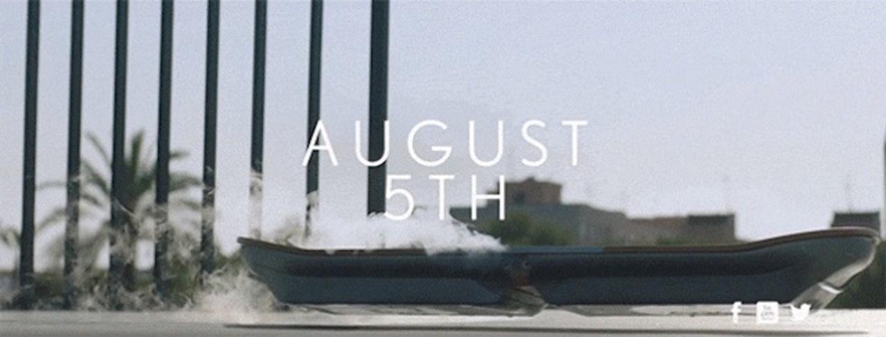 最新予告編が公開! レクサスのホバーボードは8月5日にやってきます