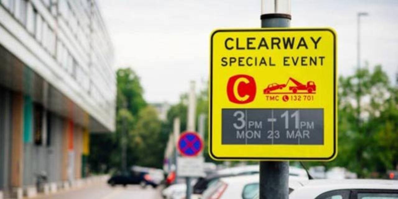 シドニーで世界初電子インクを使った道路虜標識、デビュー