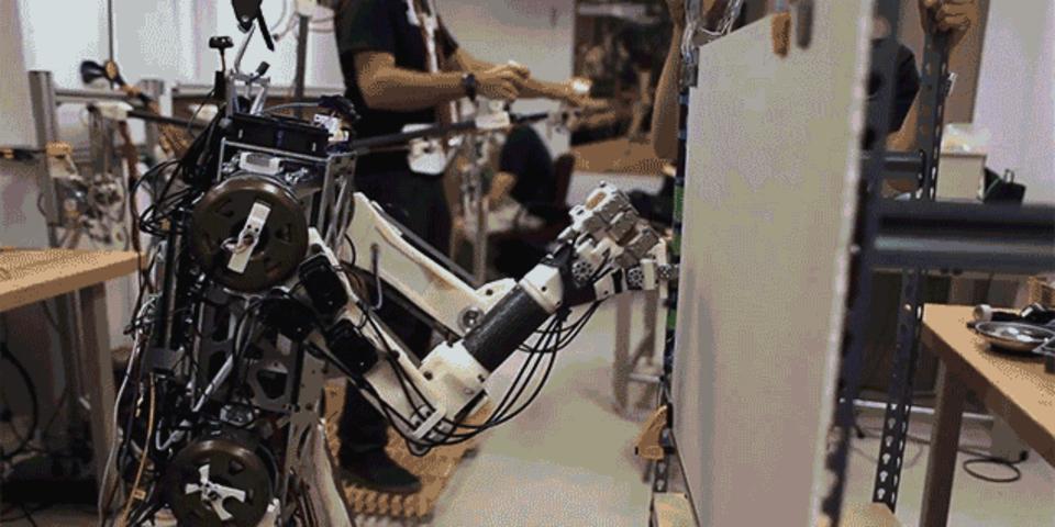 人間レベルの反射神経を持つロボットをMITが開発