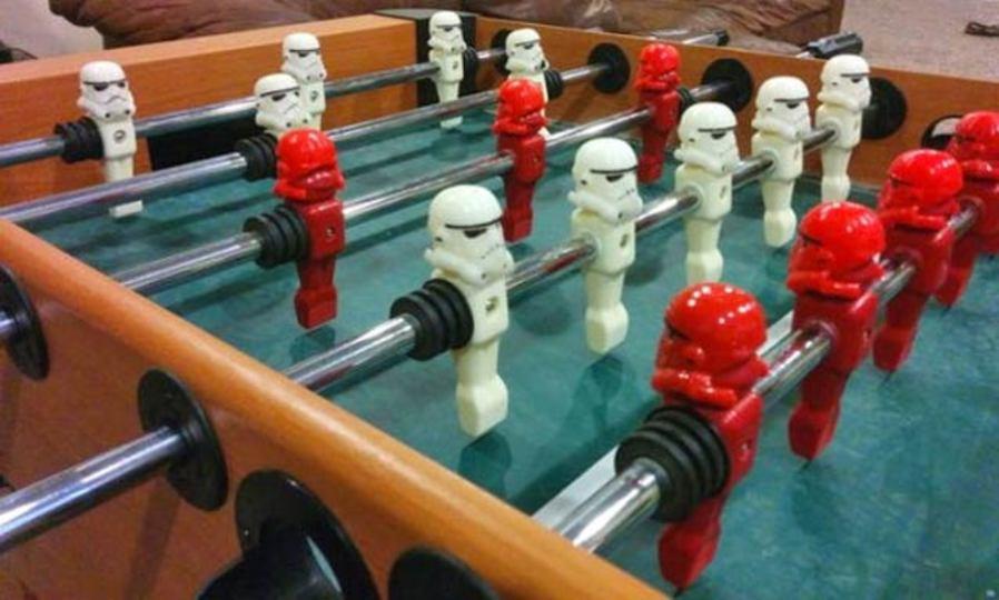 銀河帝国にテーブル・サッカーがあったら…