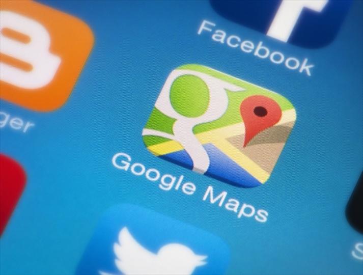 iOS版「Google Maps」、夜のドライブもお得意に