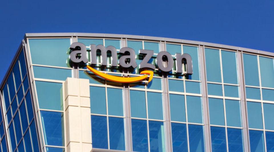 病欠で降格、社員同士の監視も…アマゾン本社は壮絶なブラック企業?(追記あり)