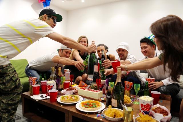 150820netflix_party4.jpg