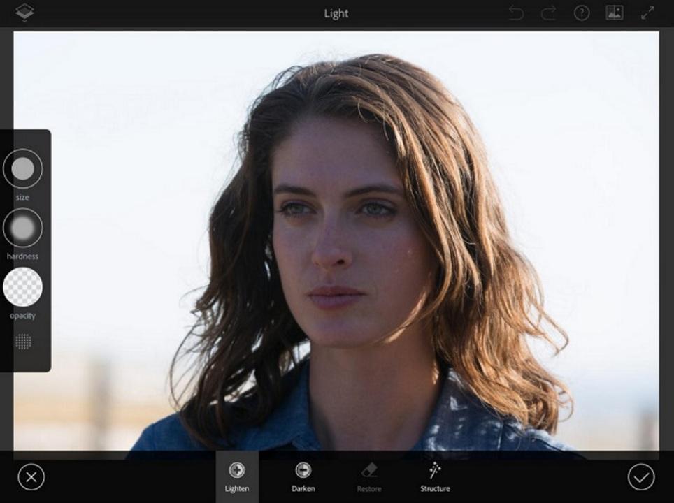 新Photoshopアプリ for iPhone・iPadが10月に登場予定!