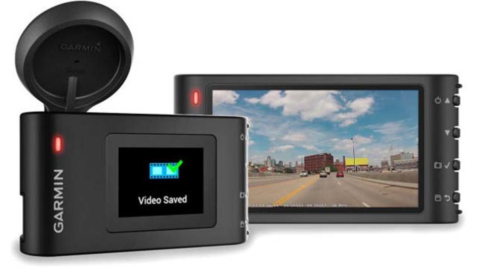 記録するだけなく、事故が起きないように注意してくれるドライブレコーダー