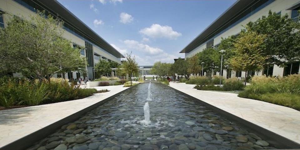 アップルの新キャンパス、完成まであとちょっと。建物内をちょい見せ!