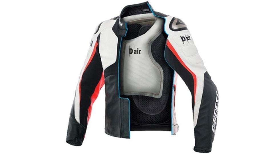 センサー類もすべて内蔵、より安全なエアバッグ付きバイク用ジャケット