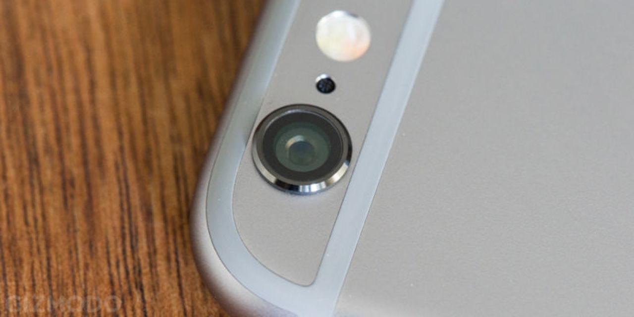 iPhoneの裏のLEDライト、通知にも使えるって知ってた?