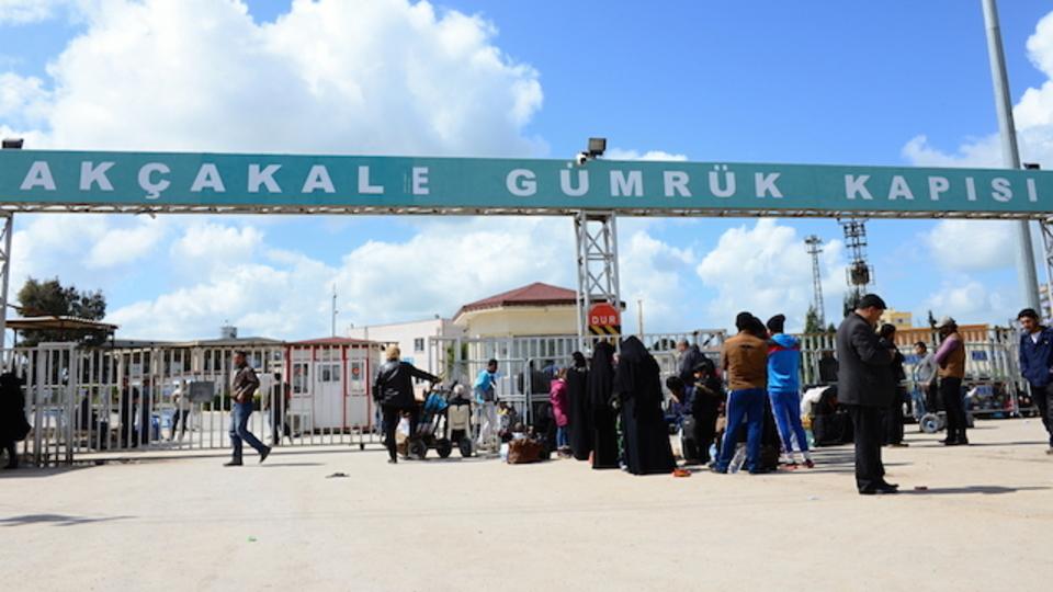 国境にフェンスを設置するヨーロッパ5カ国。行き場を失った難民たち