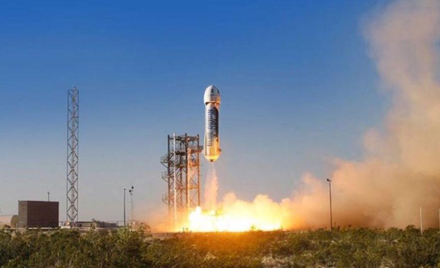 アマゾンCEOも宇宙へ投資「何百万もの人が暮らす未来が見える」