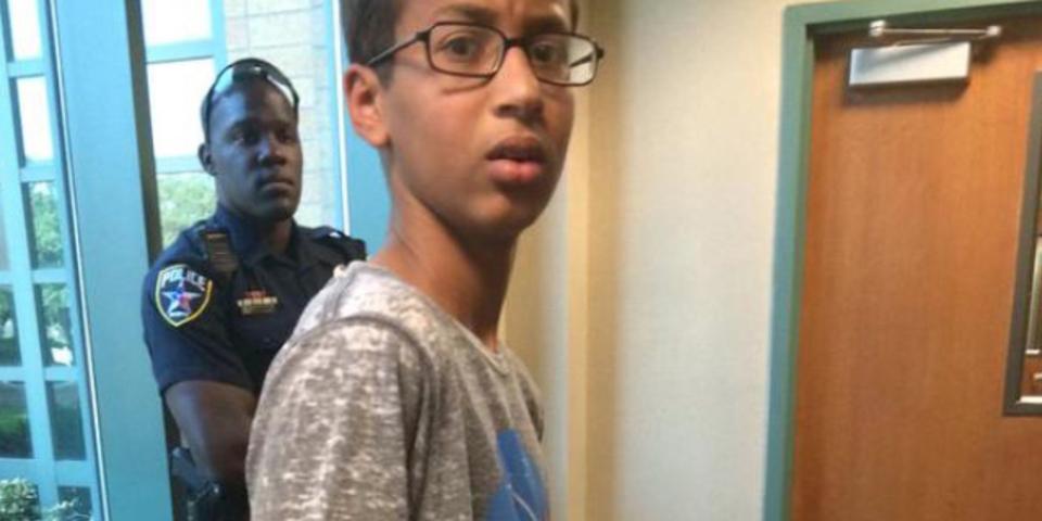 DIY時計を爆弾と間違われ逮捕された14歳少年、オバマ大統領含む全米を巻き込む大騒動に