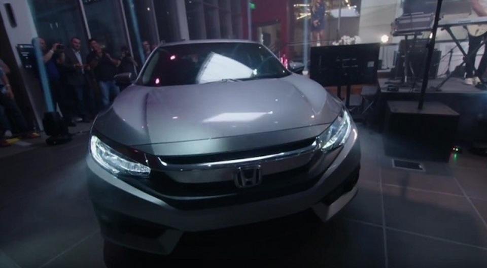 新型シビックはCarPlayとAndroid Autoでスマートに生まれ変わる
