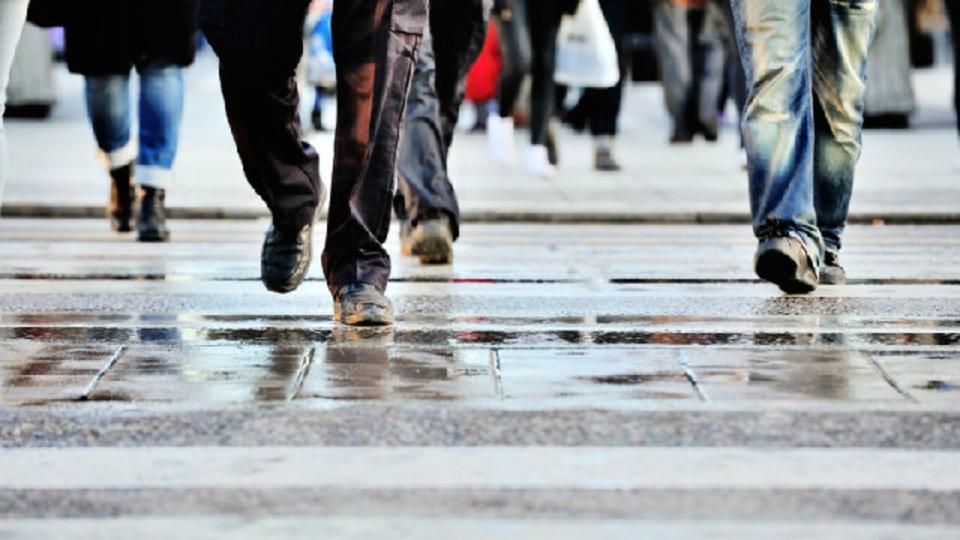 「座りっぱなしはダメ!歩いて健康になろう」、アメリカで新しい健康増進政策がはじまる