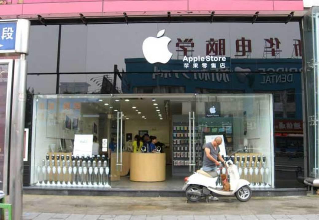 偽アップルストアをそれっぽくみせるビジネス、中国で大人気