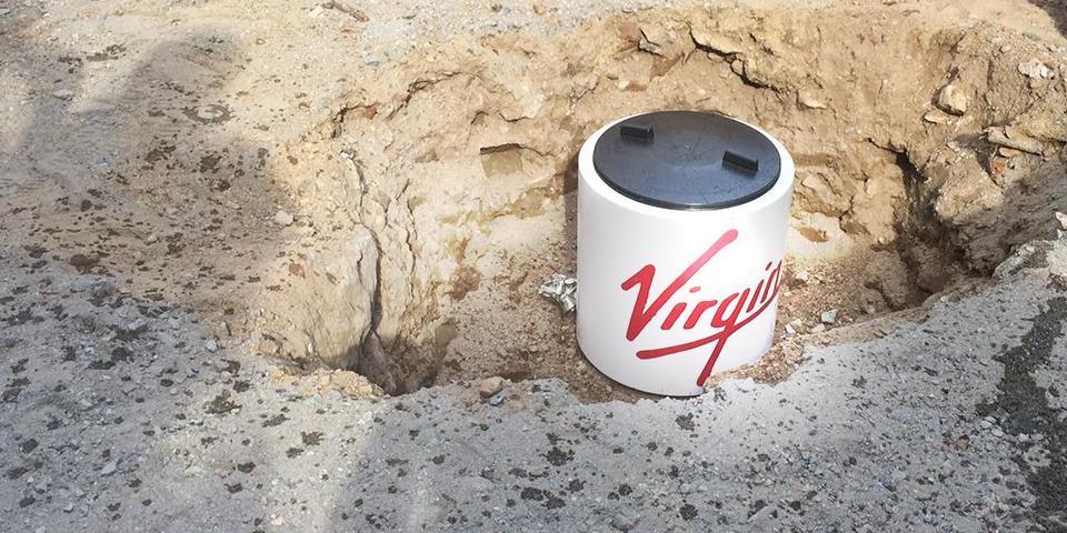 ヴァージン・ホテルの着工セレモニー式典で埋められたタイムカプセルの中身とは?
