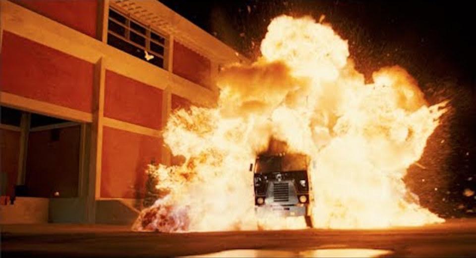 ドッカーン! 大迫力、アーノルド・シュワルツェネッガー映画の爆発をまとめました