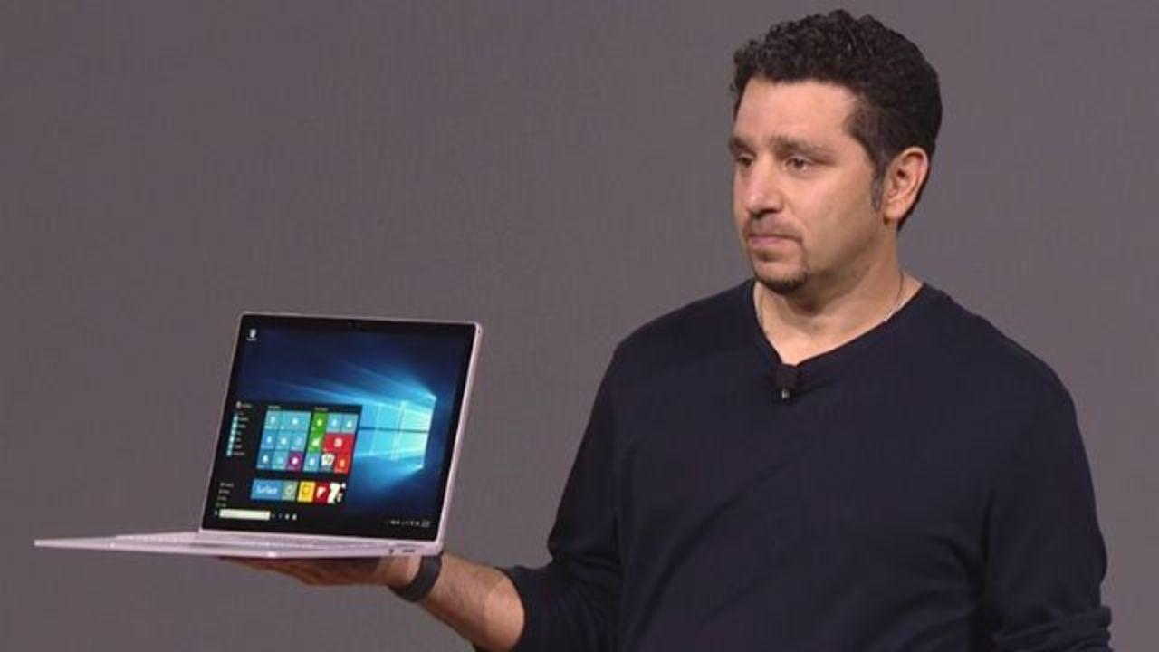 売れすぎちゃって困る…「Surface Book」が発売を前に早くも売り切れ状態に