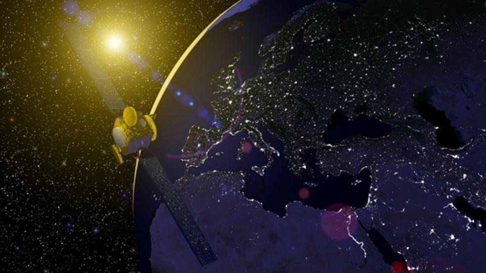 フェイスブック、アフリカに電波を送るために人工衛星を打ち上げる