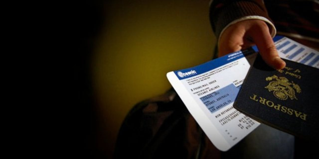 搭乗券の写真をSNSにアップしてはいけません。読み取れる個人情報の数々…