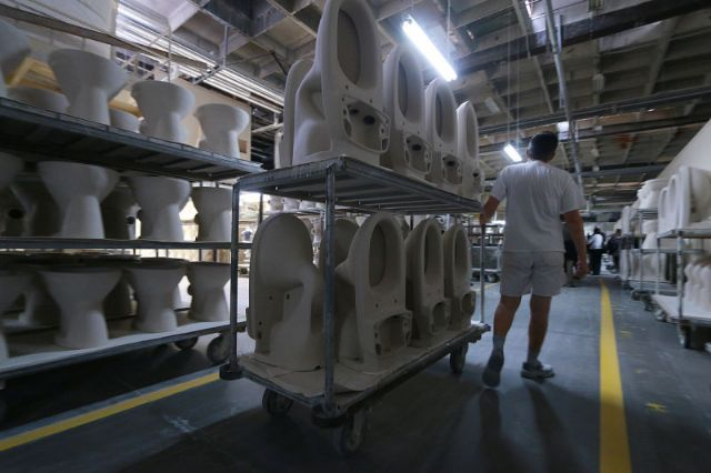 151015_toiletfactory25.jpg