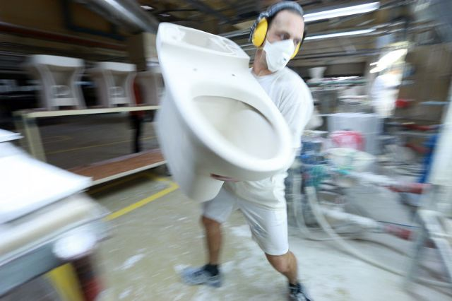 151015_toiletfactory34.jpg