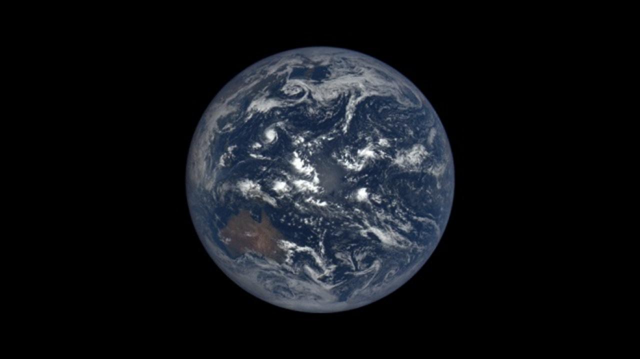 NASAのホームページで毎日の地球の写真が見られるよ