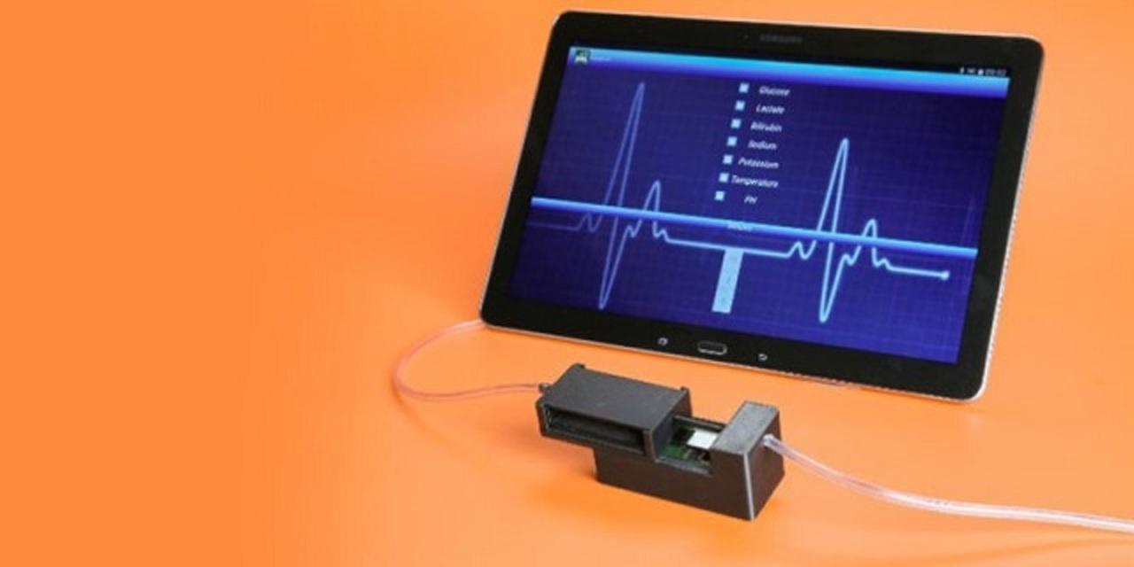 血液の5つのバイタルサインを測る、ちっこくてもデキる医療機器