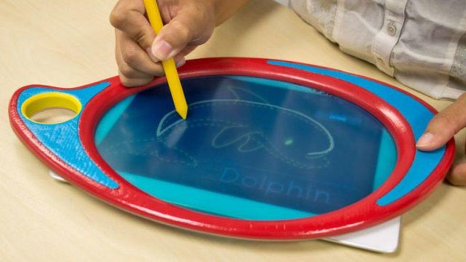 電子メモパッドのBoogie Boardから、子供向けトレース電子パッド