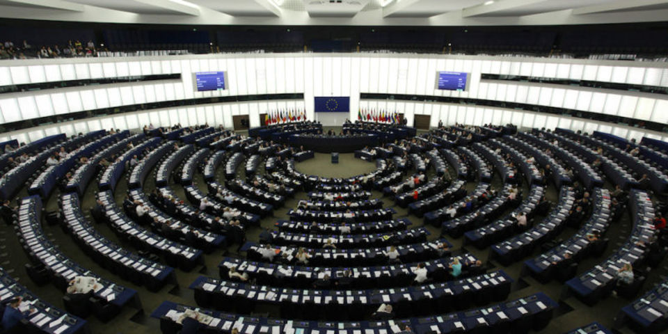 EU、ローミング料金を撤廃しようと奮闘した結果...