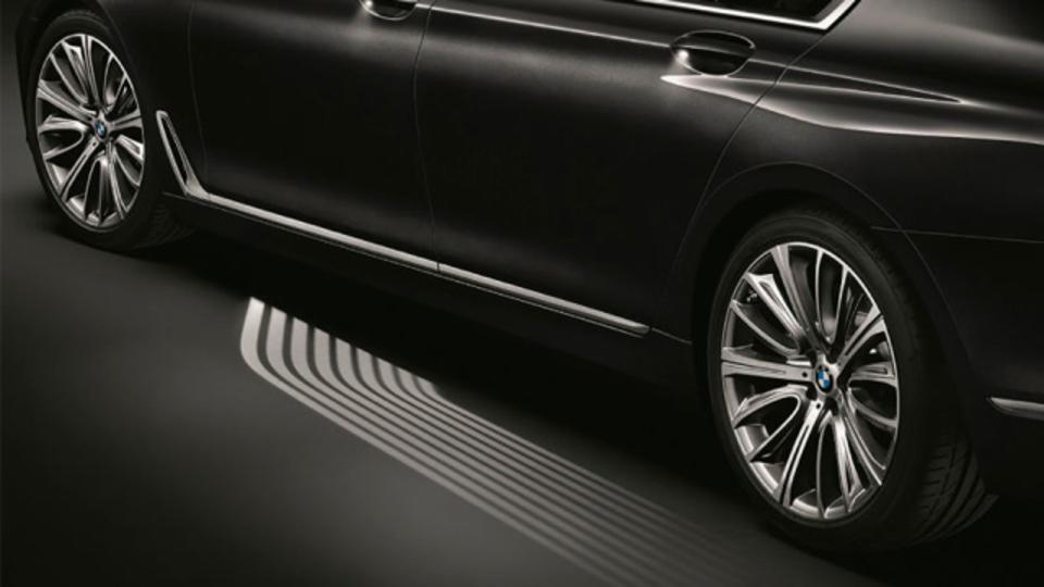 Bmwの新型7シリーズは光のカーペットがついてくる ギズモード・ジャパン
