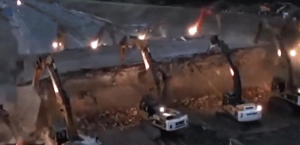 お見事。イギリスの橋が撤去される様子を捉えたタイムラプス動画