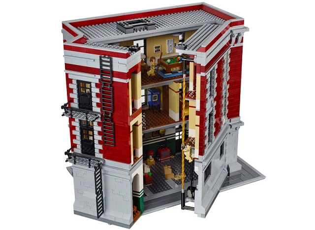 151112_ghostbusters_lego_tower_inside_2.jpg