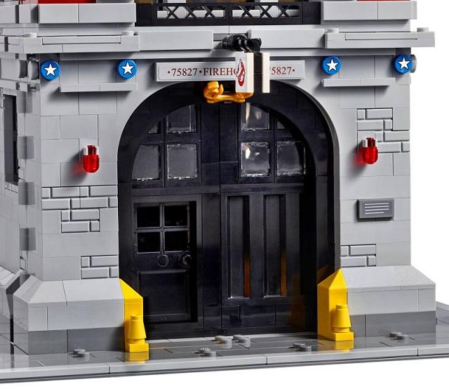 151112_ghostbusters_lego_tower_inside_6.jpg
