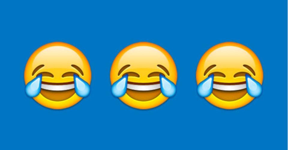 英オックスフォード辞書の今年の言葉、2015年は史上初の絵文字「うれし泣きの顔」